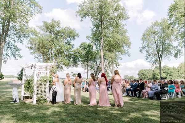 Outdoor country wedding in the woods in Ohio