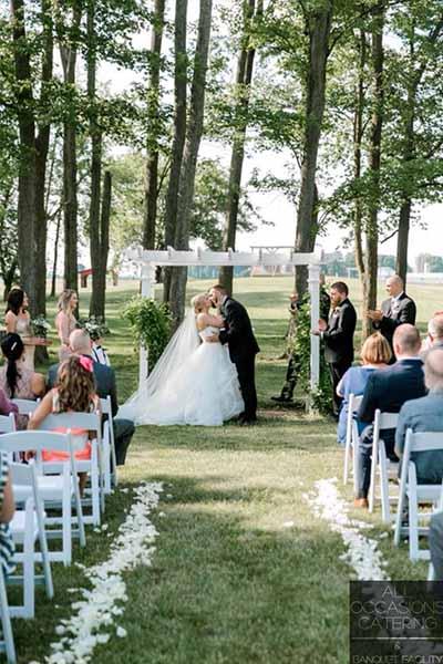 out door wedding in Radnor Ohio